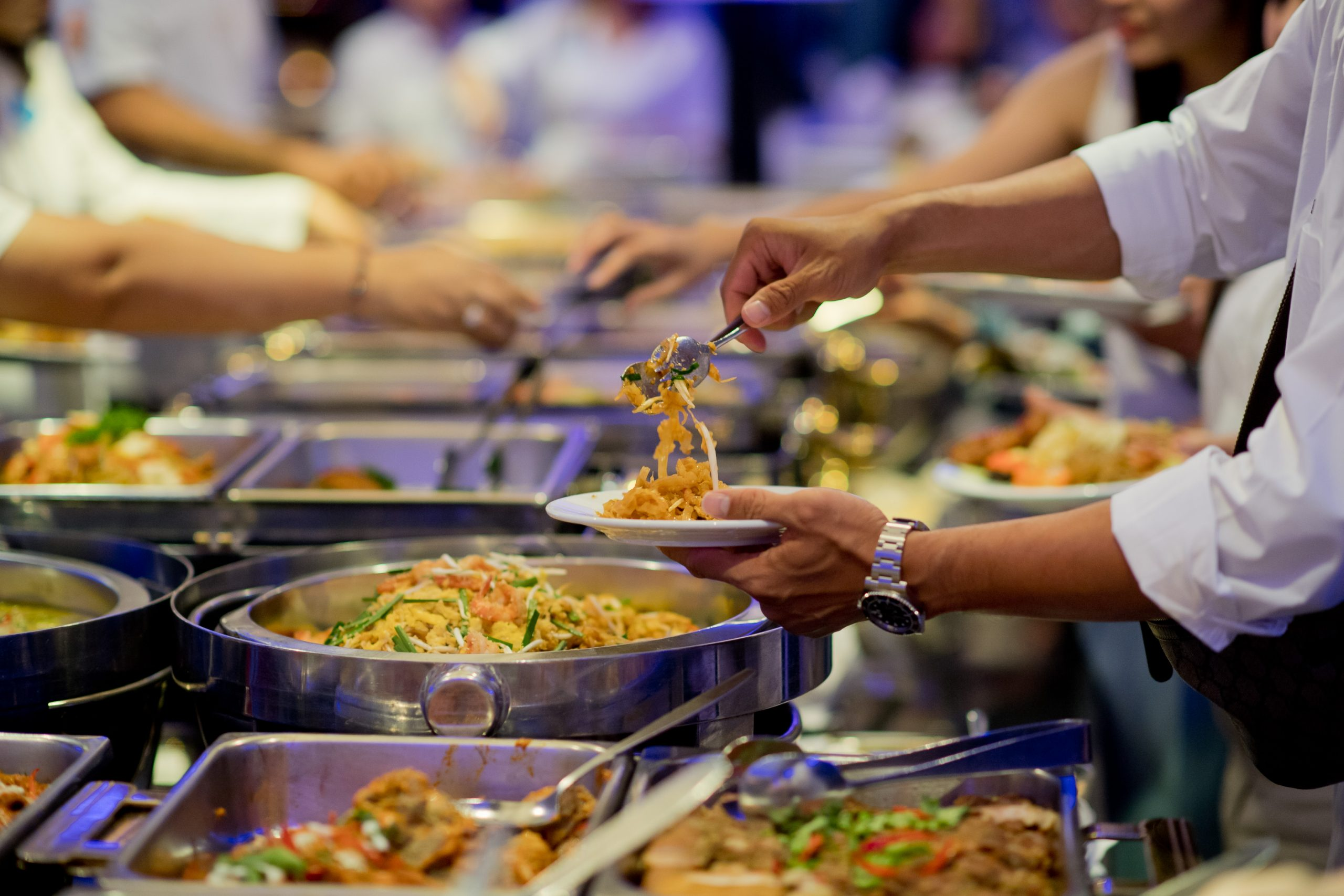Scooping,The,Food.,Buffet,Food,At,Restaurant.,Catering,Food